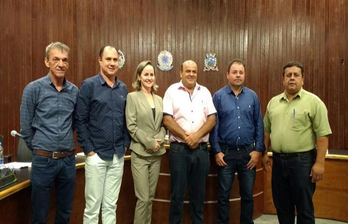Seis reeleitos fazem história no Legislativo de Monte Belo