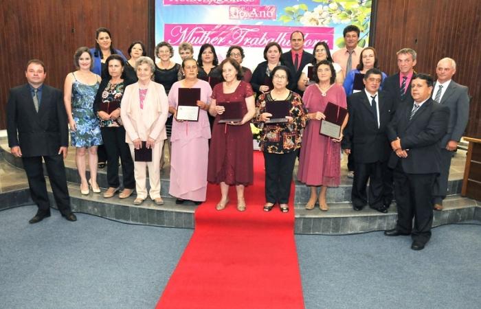 Câmara de Monte Belo homenageou Mulheres Trabalhadoras
